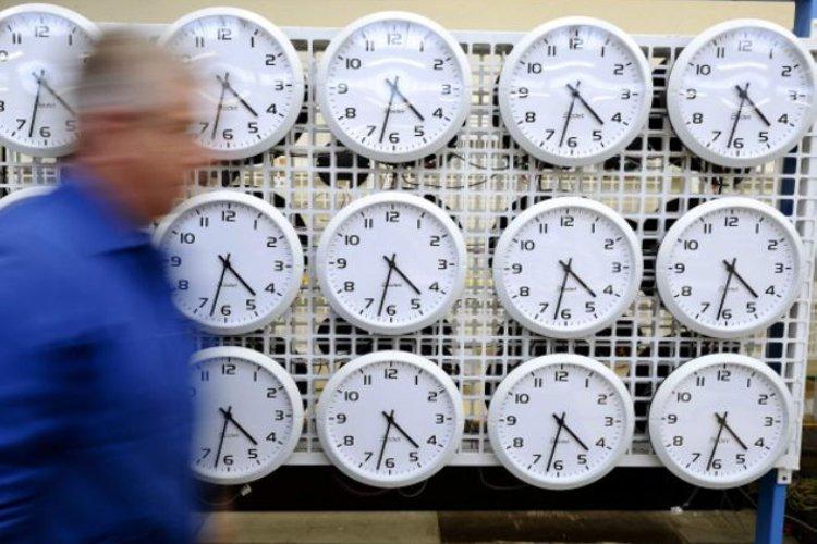 como colocar un reloj mundial en mi Web